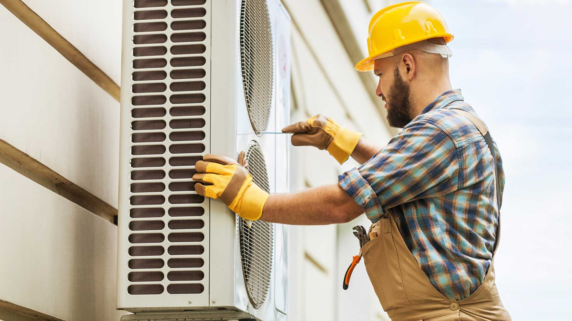 Maintenance on air conditioning unit